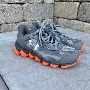 Under Armour Camo 12K Lace Sneakers
